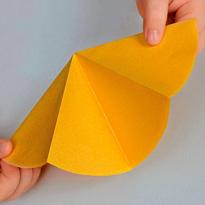 Гирлянда из цветной бумаги Ажурная