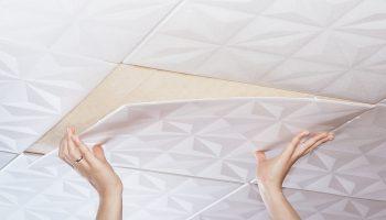 Как правильно клеить потолочную плитку — распространенные ошибки