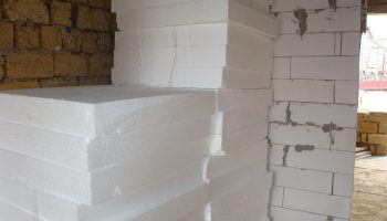Как утеплить фасад дома пенопластом — экспертное мнение