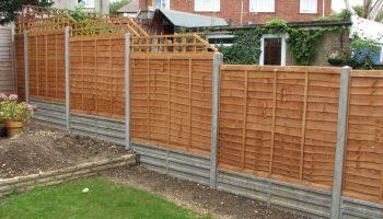 Почему нельзя устанавливать высокий забор на загородном участке