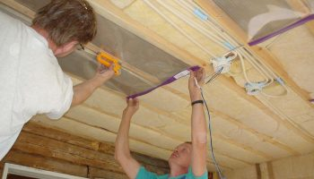 Ошибки при монтаже теплых потолков