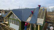 Как постелить профнастил на крышу самостоятельно