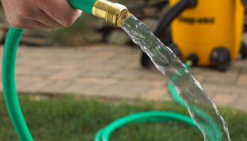 Какой шланг рекомендуется использовать на даче для полива огорода