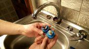 Как заменить смеситель на кухне самостоятельно — пошаговая инструкция