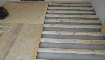 Как превратить старый деревянный пол в основание для новой стяжки