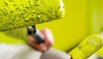 5 причин по которым краска ложится с проплешинами даже вторым слоем
