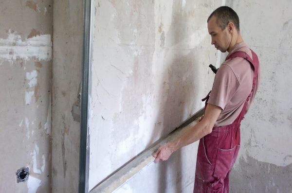 Выравнивание бетонных стен