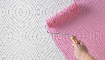 Как правильно выбрать краску к обоям под окрашивание