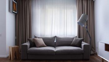 Как правильно подобрать занавески в квартиру