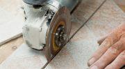 Как и чем вырезать прямой угол в керамической плитке