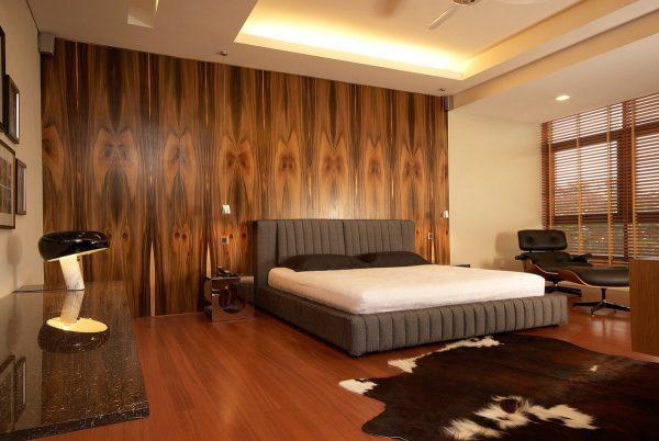 Фото деревянной стены в спальне