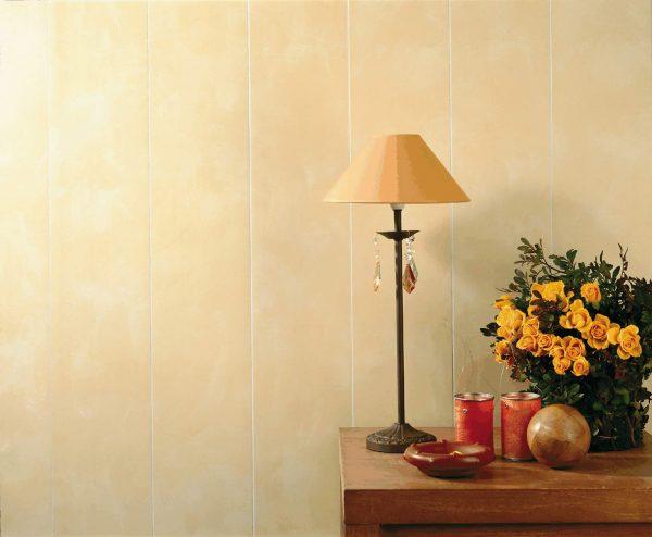 Пластиковые панели на стене