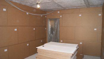 Использование шумоизоляционных панелей в квартире для стен
