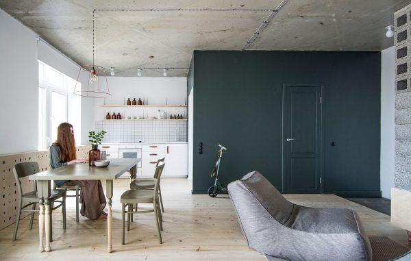 Крашенные бетонные стены