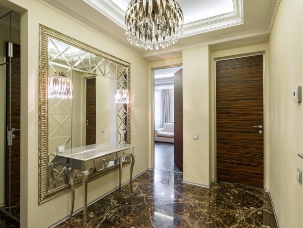 Фото зеркала в коридоре