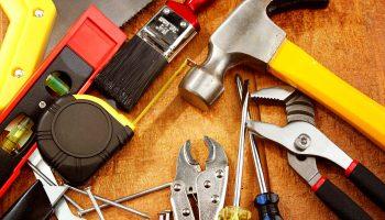 Какой инструмент понадобится для начала строительства