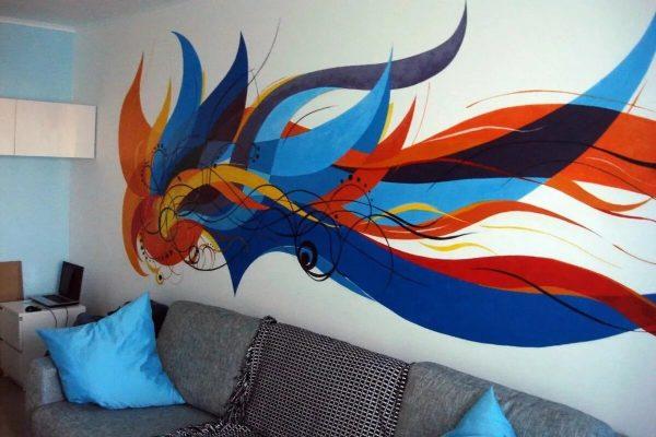 Абстракция на стене