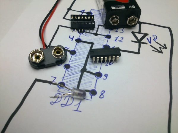 Детектор проводов своими руками
