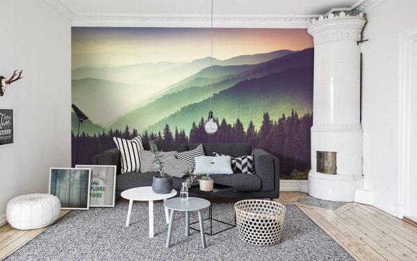 Фото гор на стене