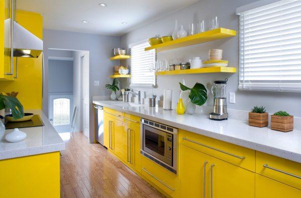 Лимонный цвет на кухне