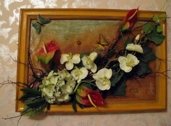 Панно из цветов