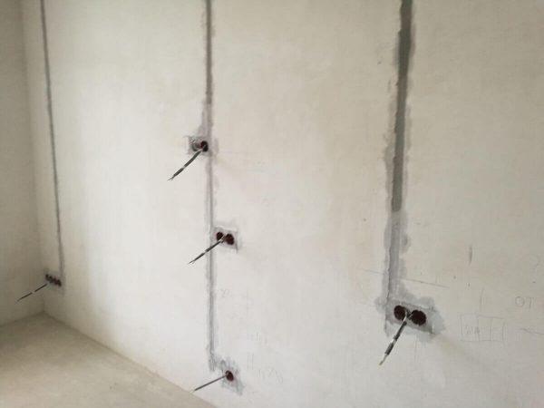 Фото проводки в стене