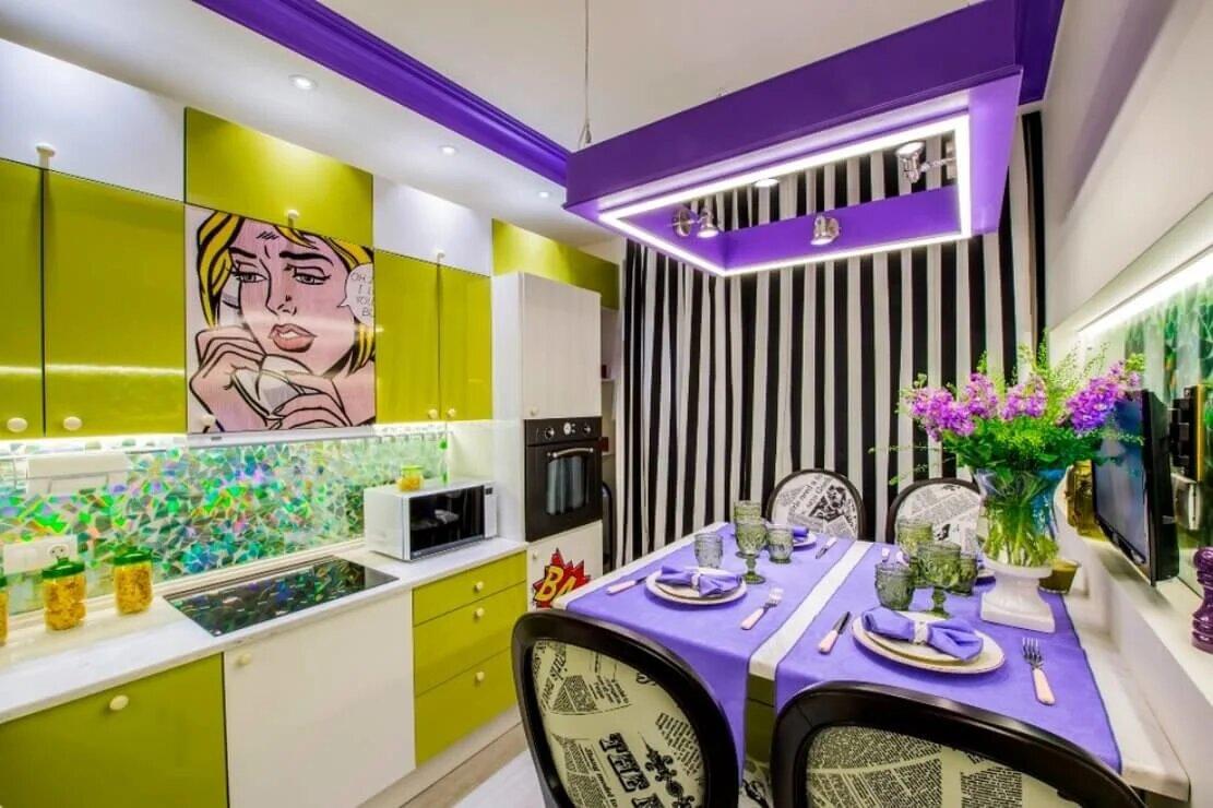 настя фото кухни комнаты дизайн с яркими обоями прошлом