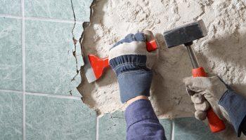 5 лёгких способов для демонтажа старой отделки в квартире