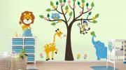 Как оформить декор стены в детской комнате наклейками своими руками