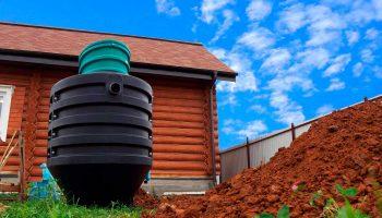 Что выбрать для загородного участка — септик или проводить канализацию