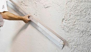 Почему дешёвая штукатурка обходится в ремонте слишком дорого