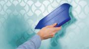 Как убрать пузыри, замеченные после высыхания обоев