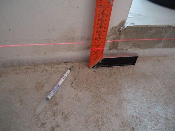 Лазерный уровень для штукатурки
