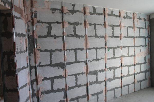 Маяки на стенах из пеноблоков