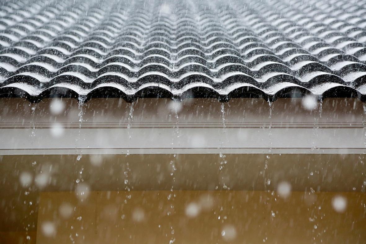 завышенная фото дождь по крыше бесплатно широкоформатные