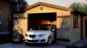 Каким должен быть гараж на загородном участке? Разбираем все плюсы и минусы каждого вида