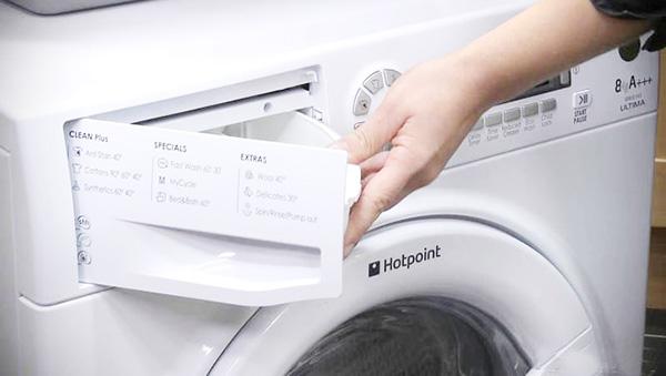 Что делать, если стиральная машина не смывает порошок
