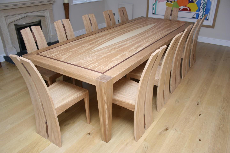 Из какого дерева выбрать стол для дома