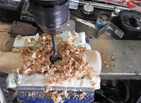 как сделать рукоятку для каменного топора