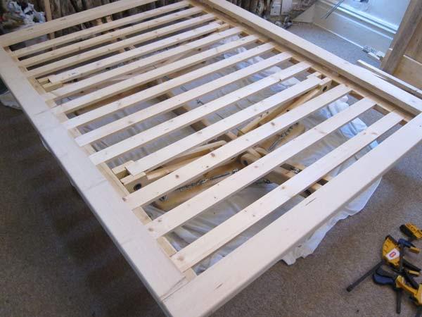 изготовление кровати из дерева своими руками