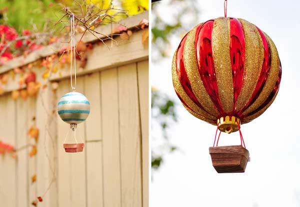воздушный рар из елочной игрушки