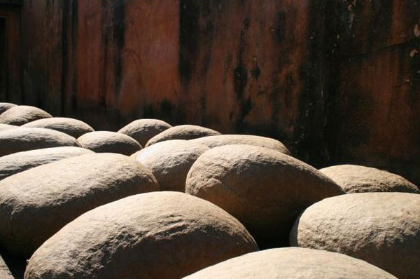 самодельные камни из картона