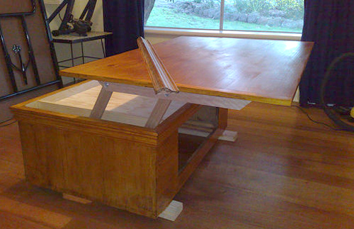 самодельный журнальный стол трансформер