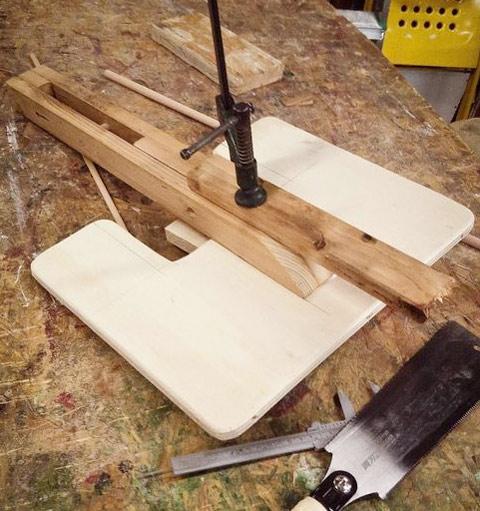 изготовление коленного стула